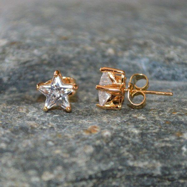 Γυναικεία σκουλαρίκια αστεράκι καρφωτά.