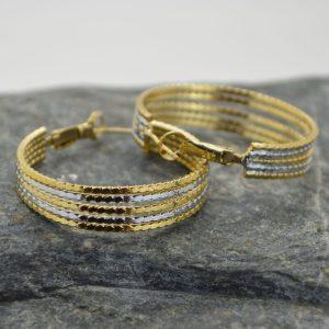 Γυναικεία σκουλαρίκια κρίκος πλεκτός από ανοξείδωτο ατσάλι σε χρυσό λευκό.